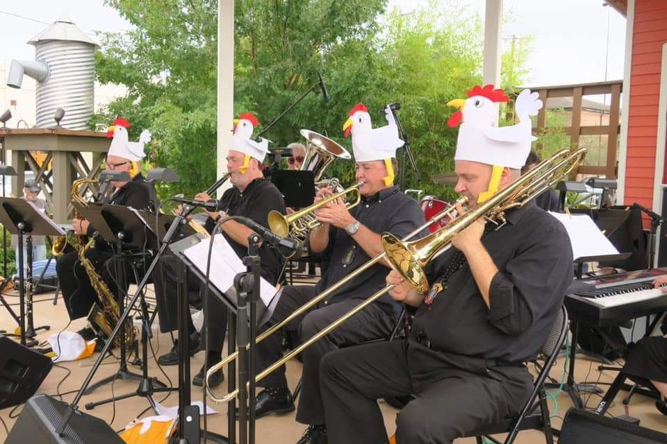 Live german music gets the polka underway.