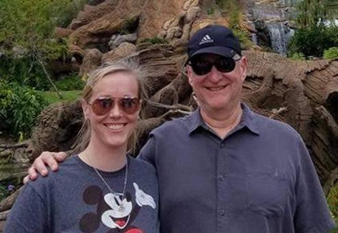 Sarah Bennett and her father David Fleischer