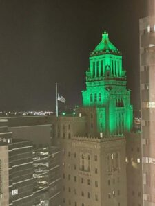 Mayo Clinic's Plummer Building lit green in honor of Dave's visit.