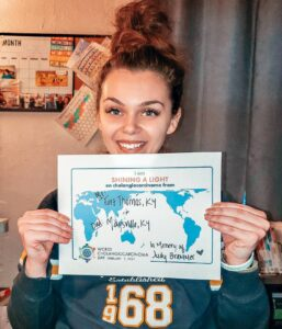Caitlin spreads awareness on World Cholangiocarcinoma Day.